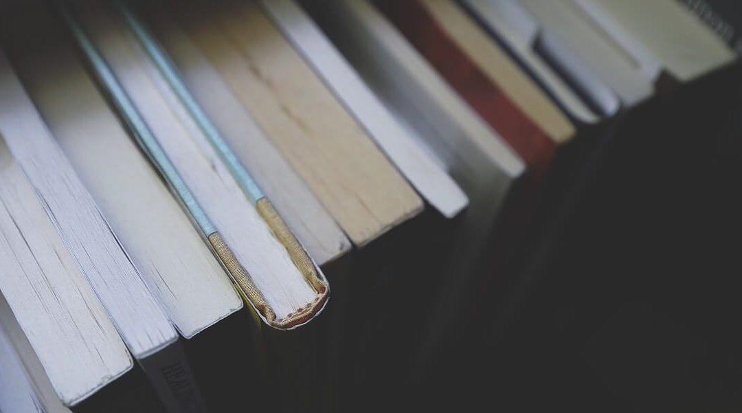 6 Social Media Higher Education Books Header Image